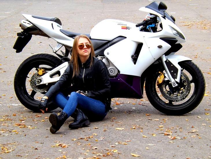 ǟ�ってた?実はバイク好きな女性芸能人トップ5! The Rankers